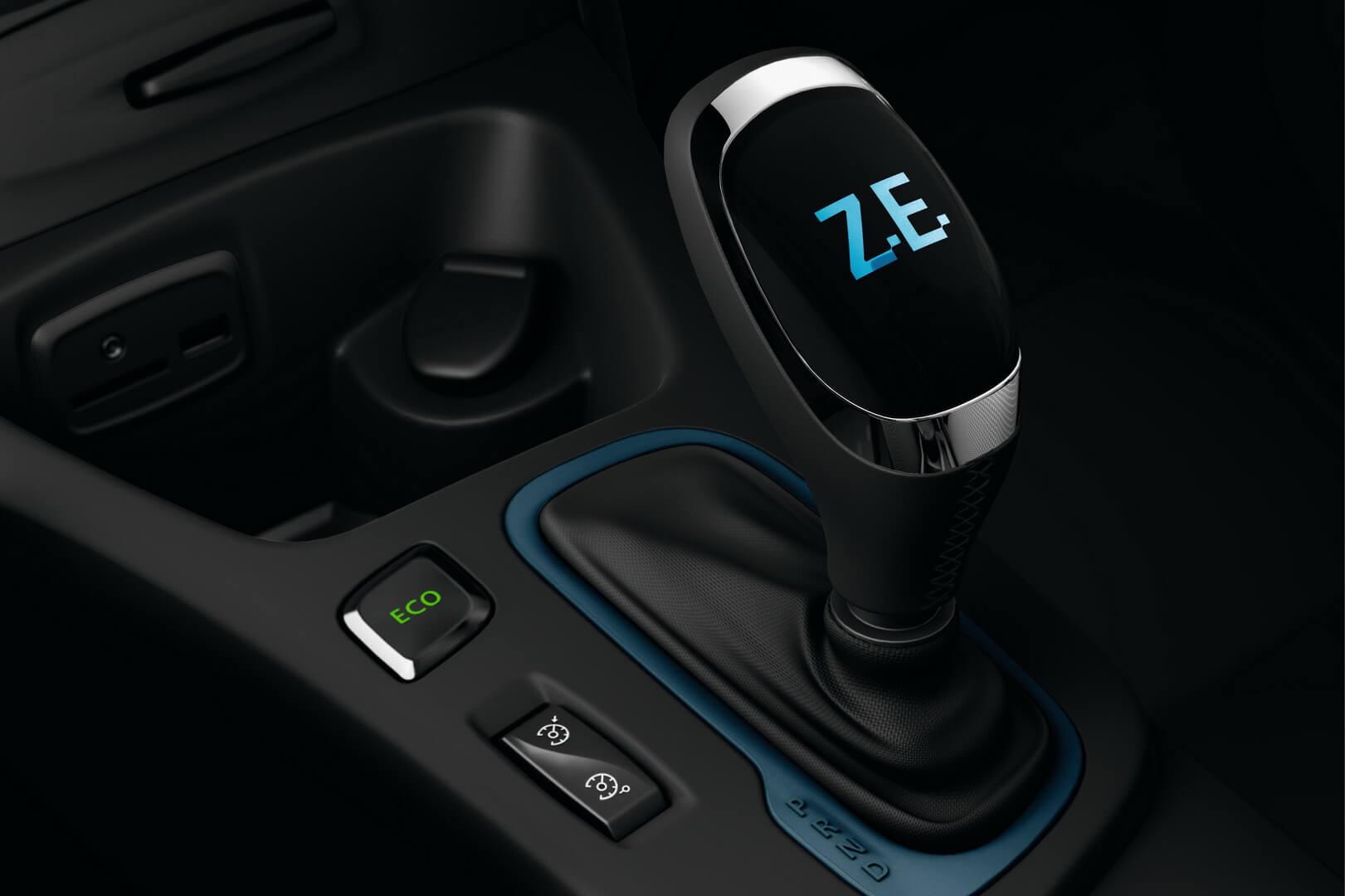 Фотография экоавто Renault ZOE 2012 - фото 58
