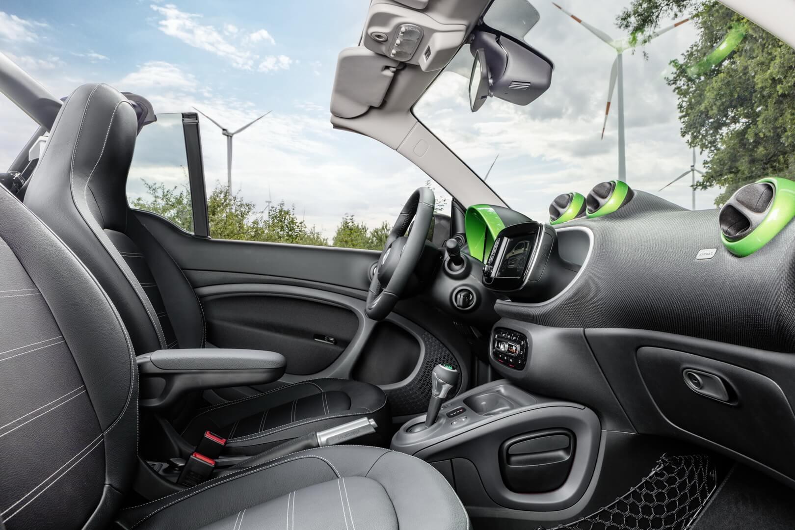 Фотография экоавто Smart Fortwo Electric Drive 2017 - фото 13