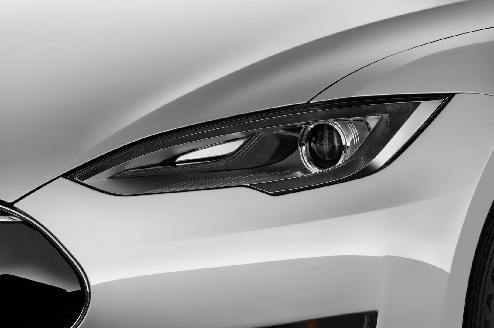 Фотография экоавто Tesla Model S 70D - фото 11