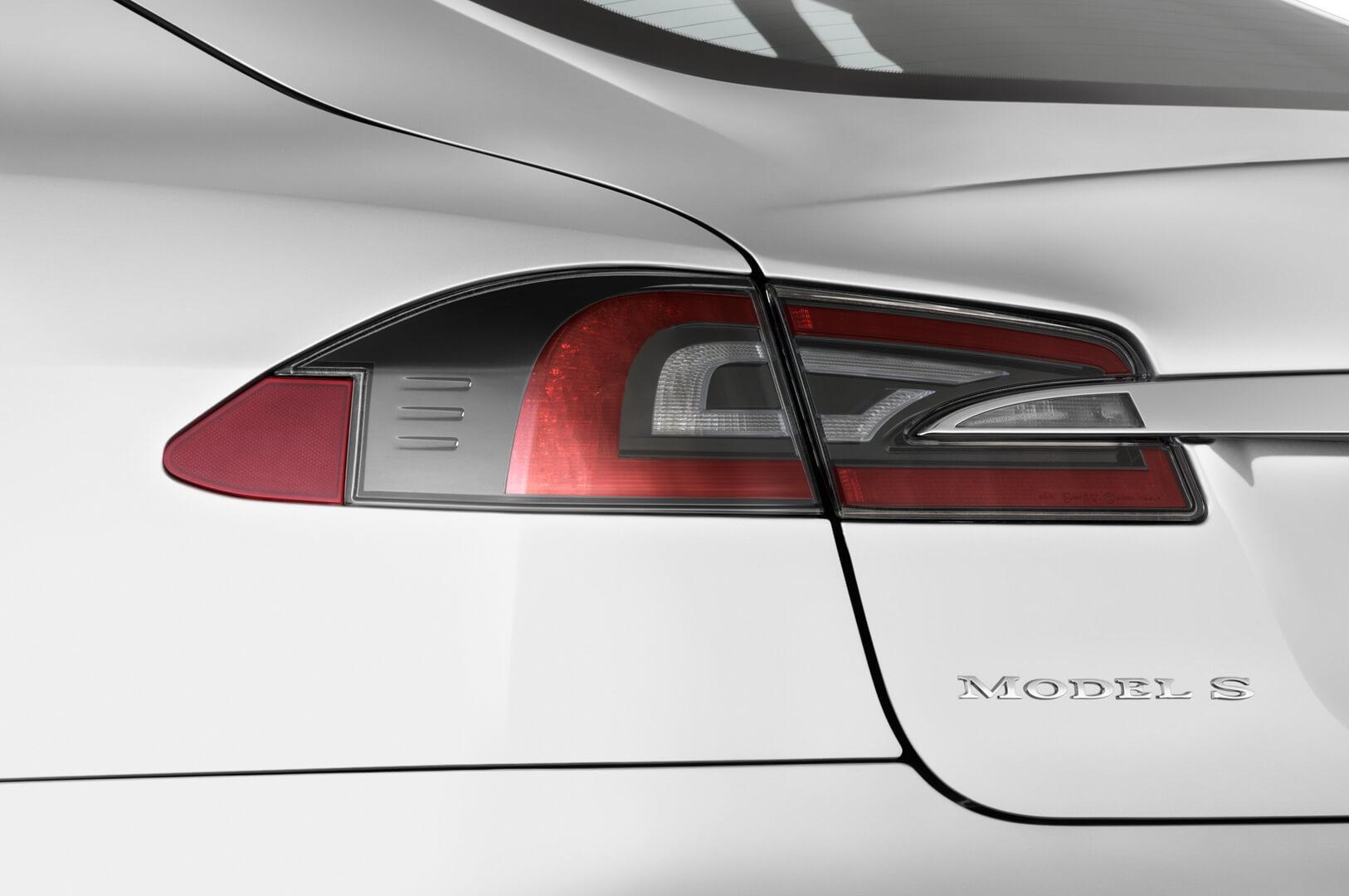 Фотография экоавто Tesla Model S 70D - фото 13