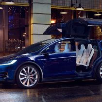 Фотография экоавто Tesla Model X 75D (Standard) - фото 10