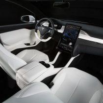 Фотография экоавто Tesla Model X 75D (Standard) - фото 11