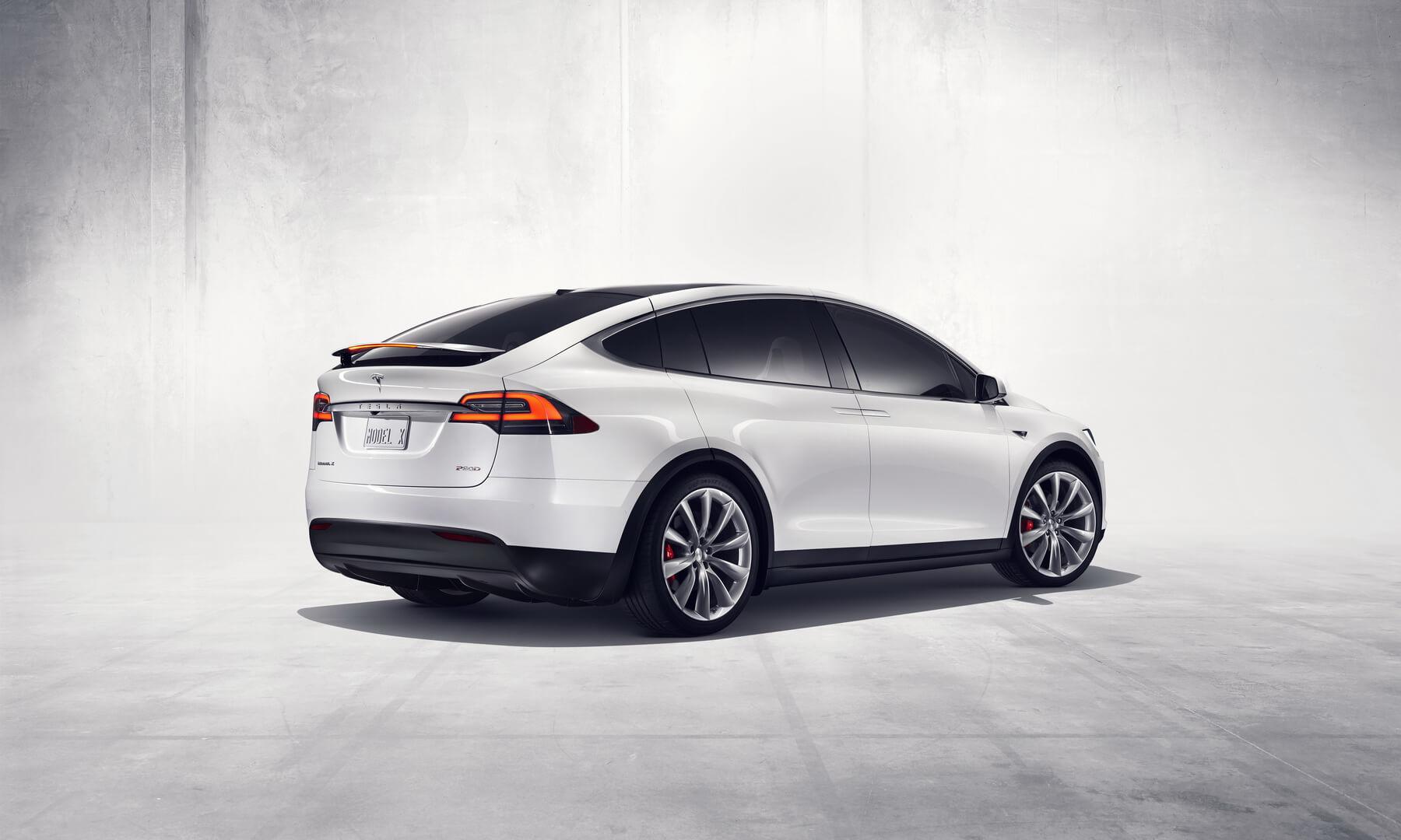 Фотография экоавто Tesla Model X P90D - фото 3