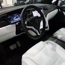 Фотография экоавто Tesla Model X 60D - фото 20