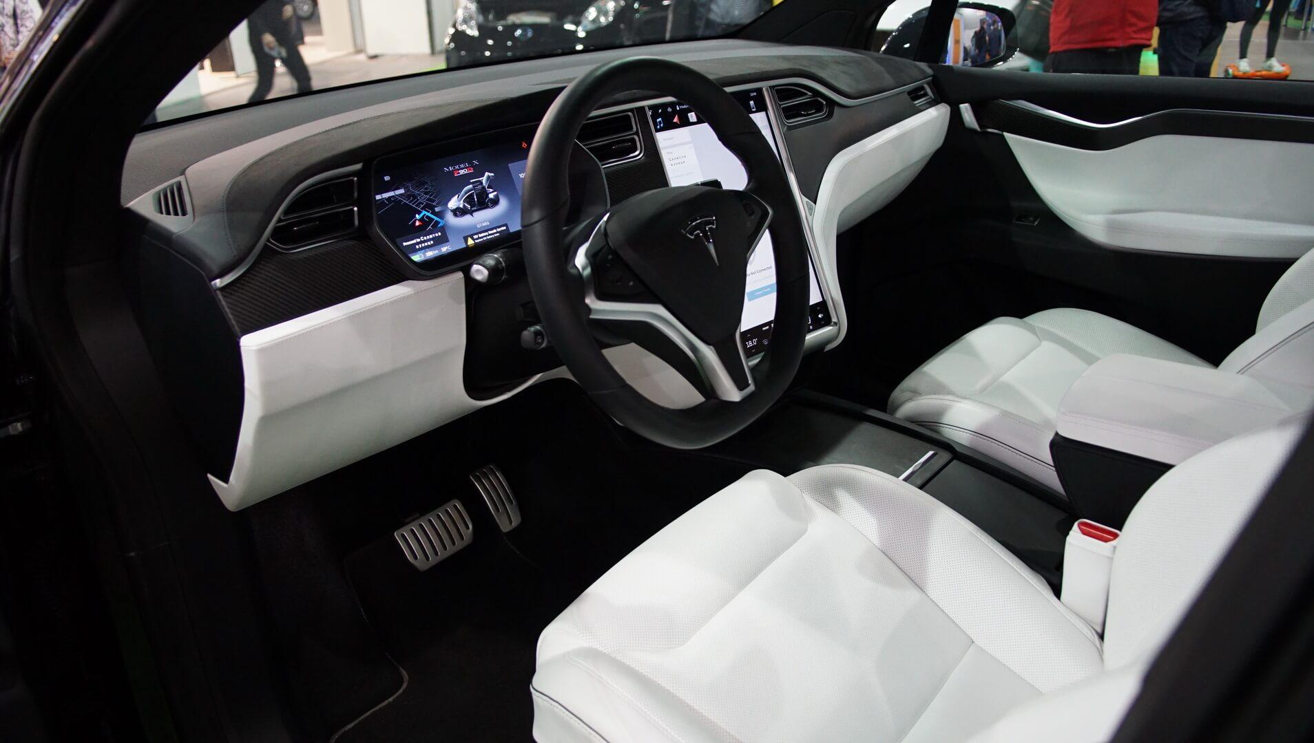 Фотография экоавто Tesla Model X P90D - фото 20