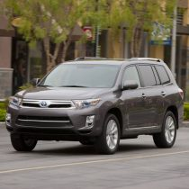 Фотография экоавто Toyota Highlander Hybrid 2011 - фото 3