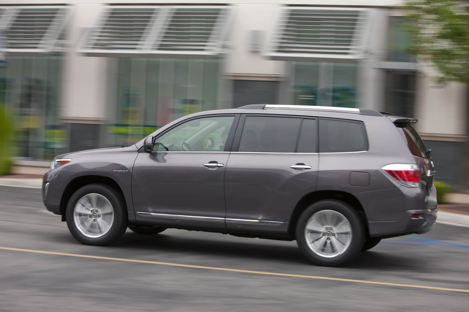 Фотография экоавто Toyota Highlander Hybrid 2011 - фото 7
