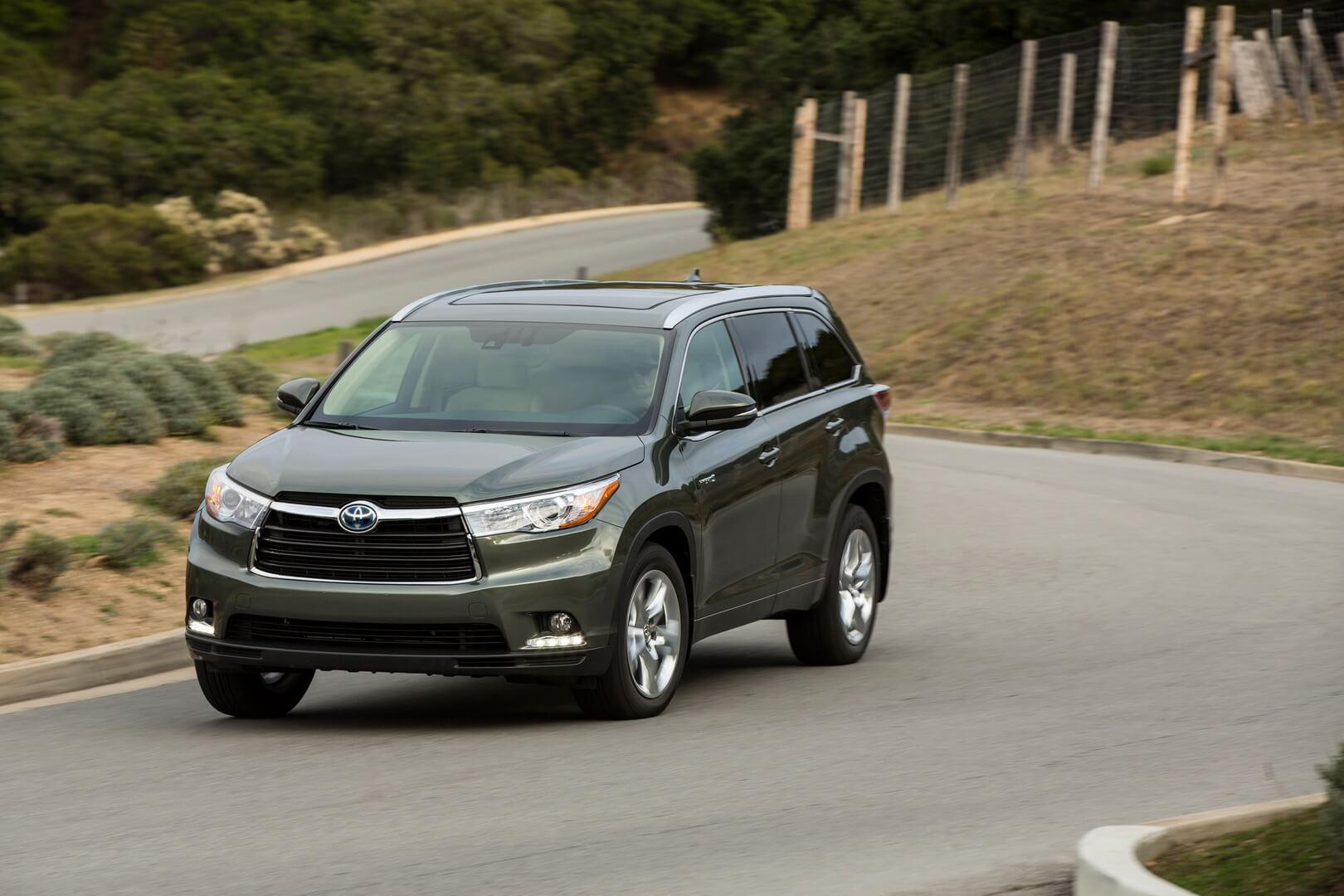 Фотография экоавто Toyota Highlander Hybrid 2014 - фото 2