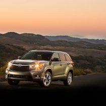 Фотография экоавто Toyota Highlander Hybrid 2014 - фото 8