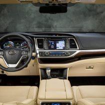 Фотография экоавто Toyota Highlander Hybrid 2014 - фото 12
