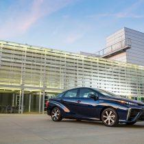 Фотография экоавто Toyota Mirai FCV - фото 12