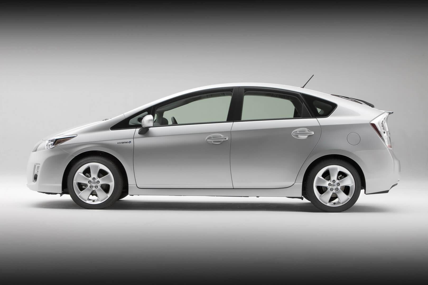 Фотография экоавто Toyota Prius Hybrid 2010