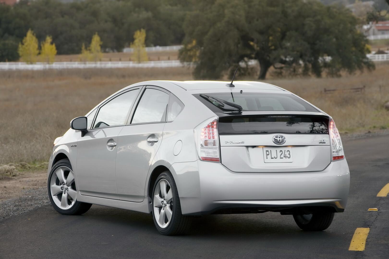 Фотография экоавто Toyota Prius Hybrid 2010 - фото 6