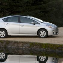 Фотография экоавто Toyota Prius Hybrid 2010 - фото 10