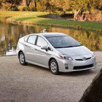 Фотография экоавто Toyota Prius Hybrid 2010 - фото 15
