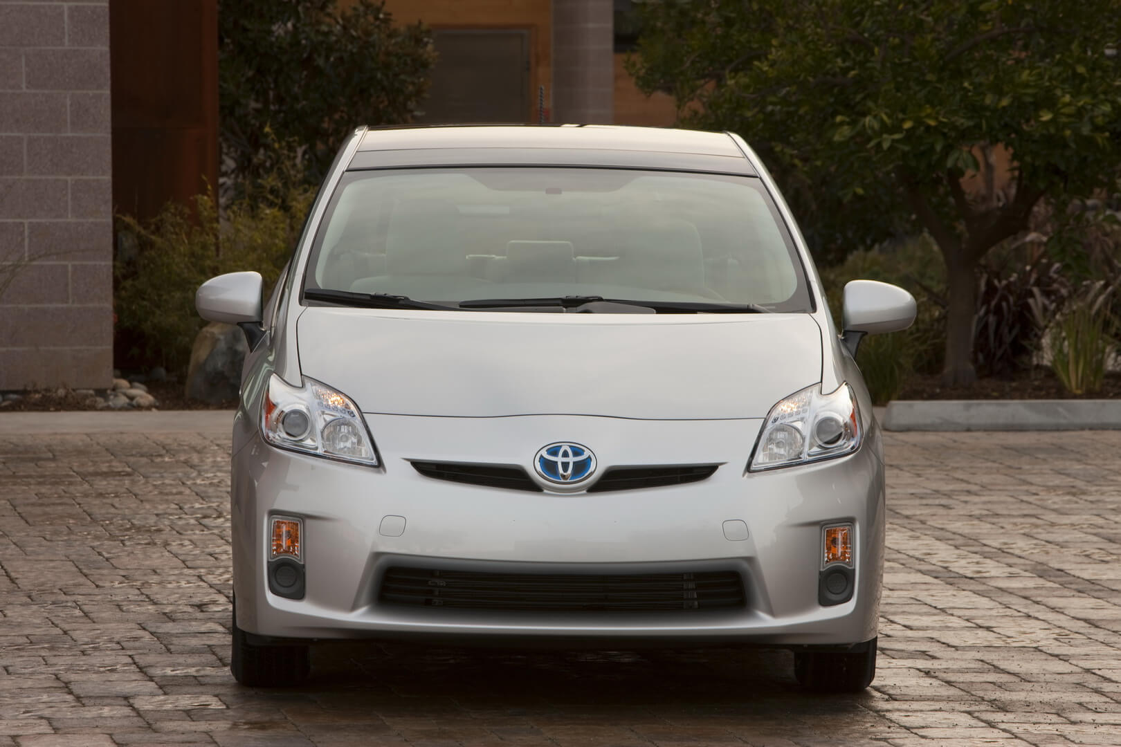 Фотография экоавто Toyota Prius Hybrid 2010 - фото 21