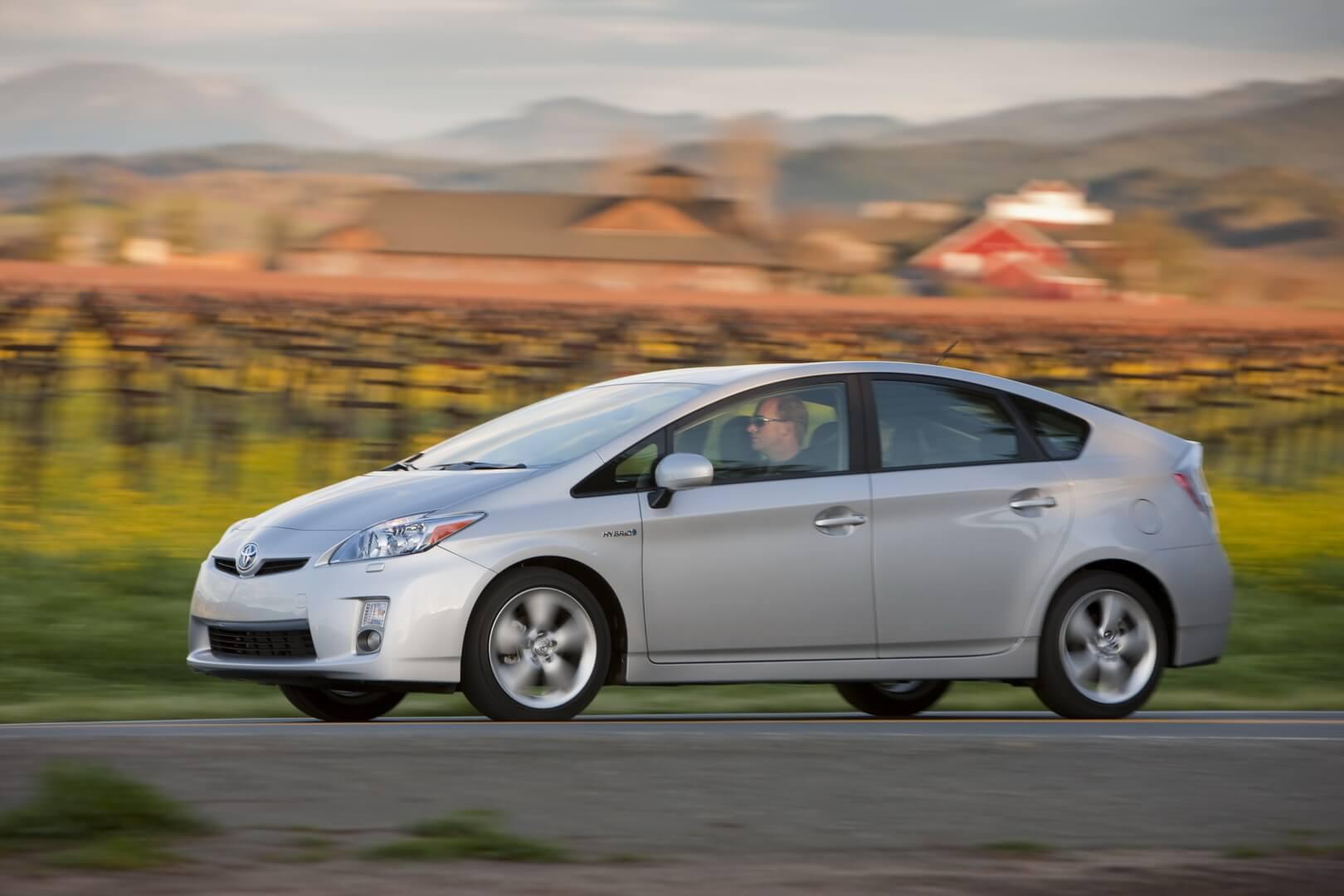 Фотография экоавто Toyota Prius Hybrid 2010 - фото 34