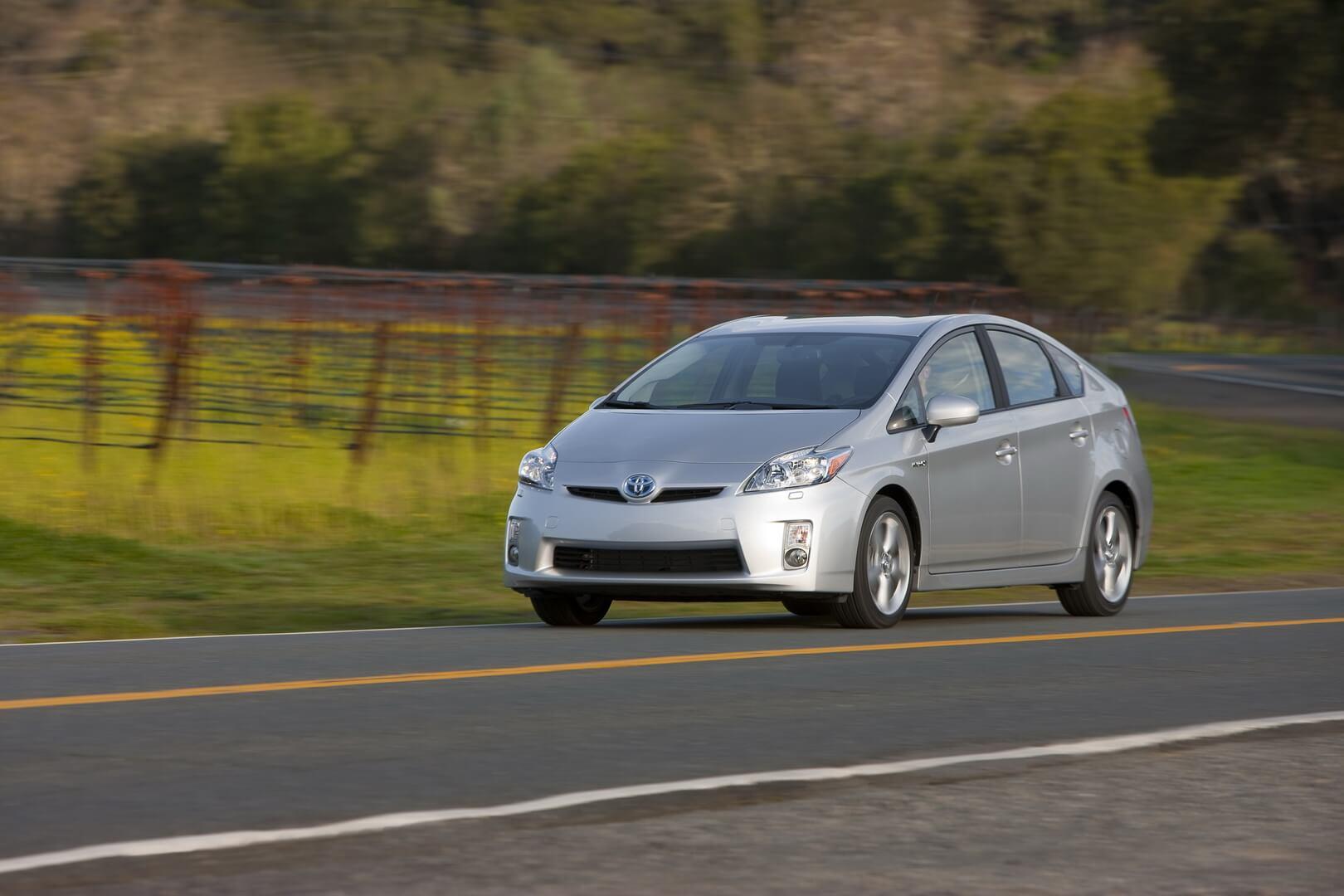 Фотография экоавто Toyota Prius Hybrid 2010 - фото 38