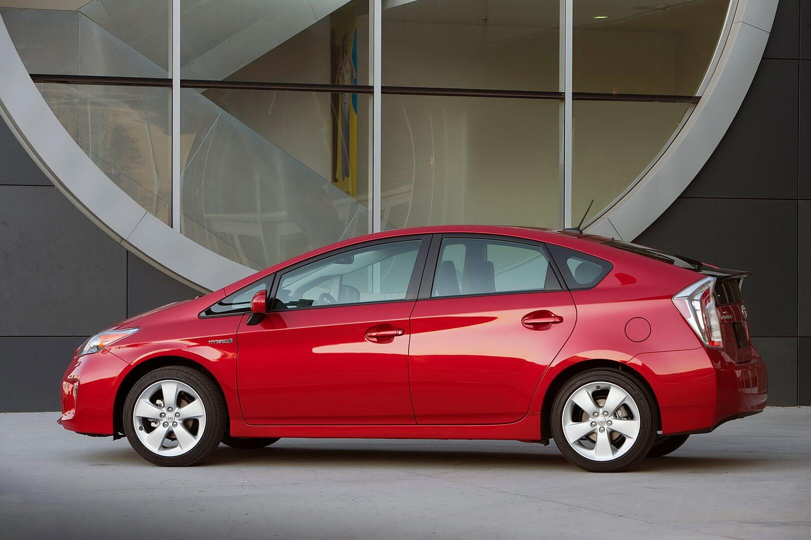 Фотография экоавто Toyota Prius Hybrid 2012 - фото 6