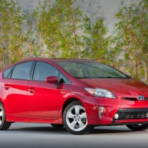 Фотография экоавто Toyota Prius Hybrid 2012 - фото 10