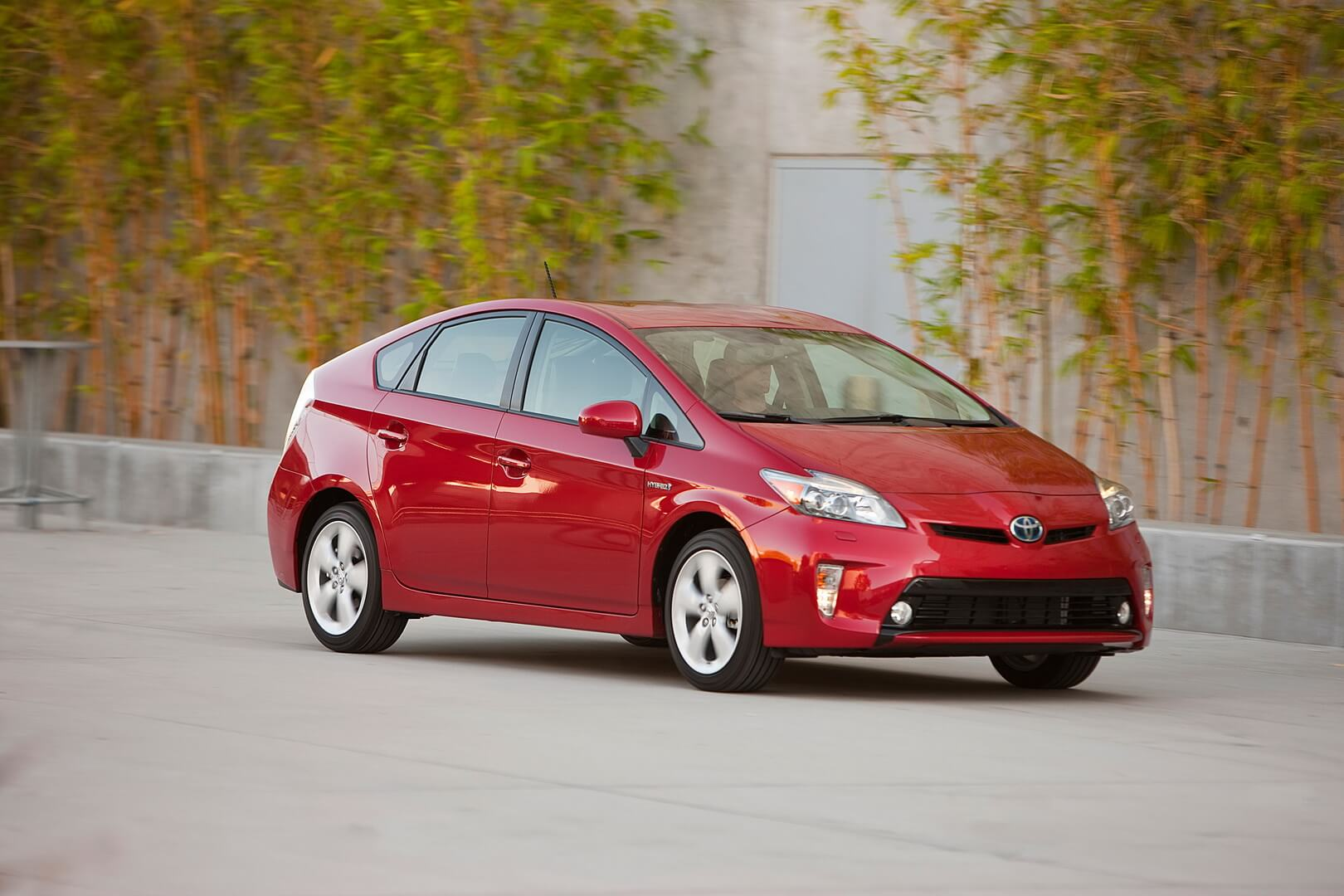 Фотография экоавто Toyota Prius Hybrid 2012 - фото 12