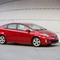 Фотография экоавто Toyota Prius Hybrid 2012 - фото 16