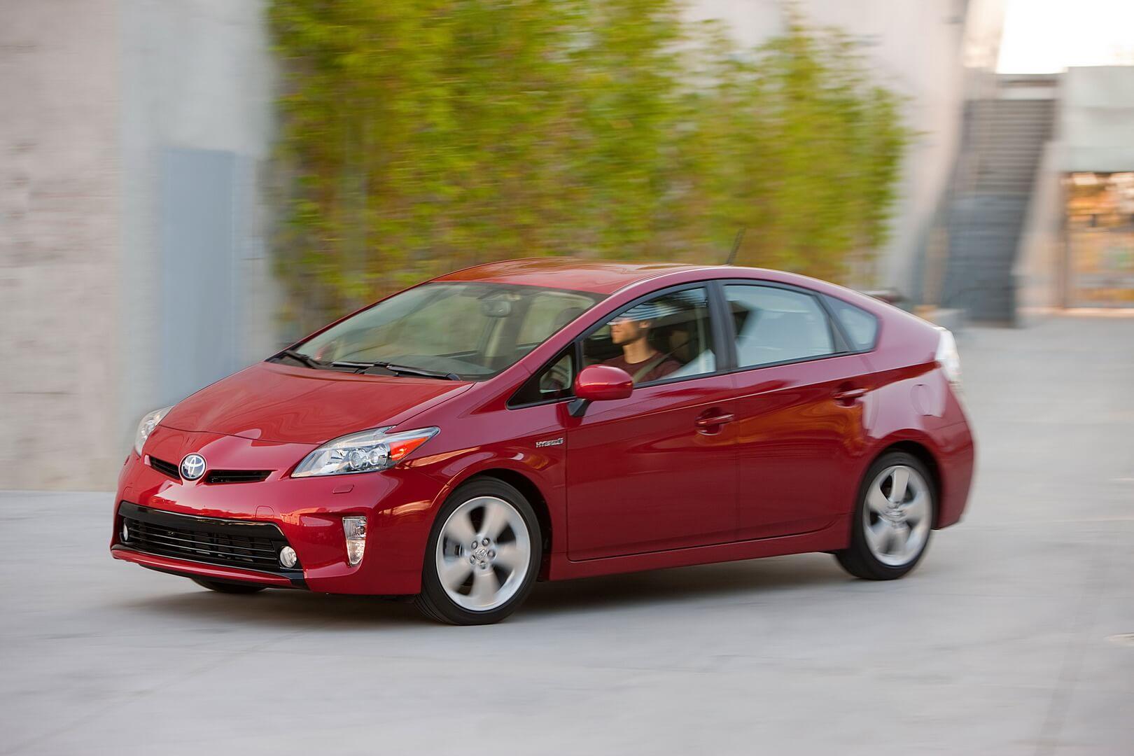 Фотография экоавто Toyota Prius Hybrid 2012 - фото 19