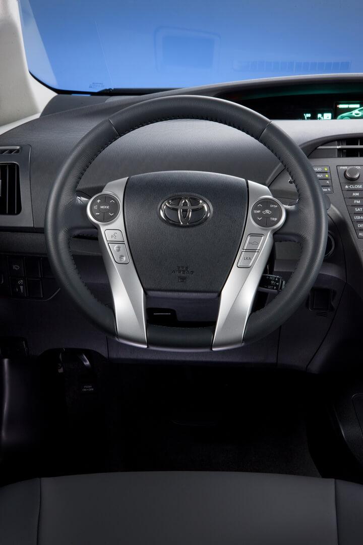 Фотография экоавто Toyota Prius Hybrid 2012 - фото 29