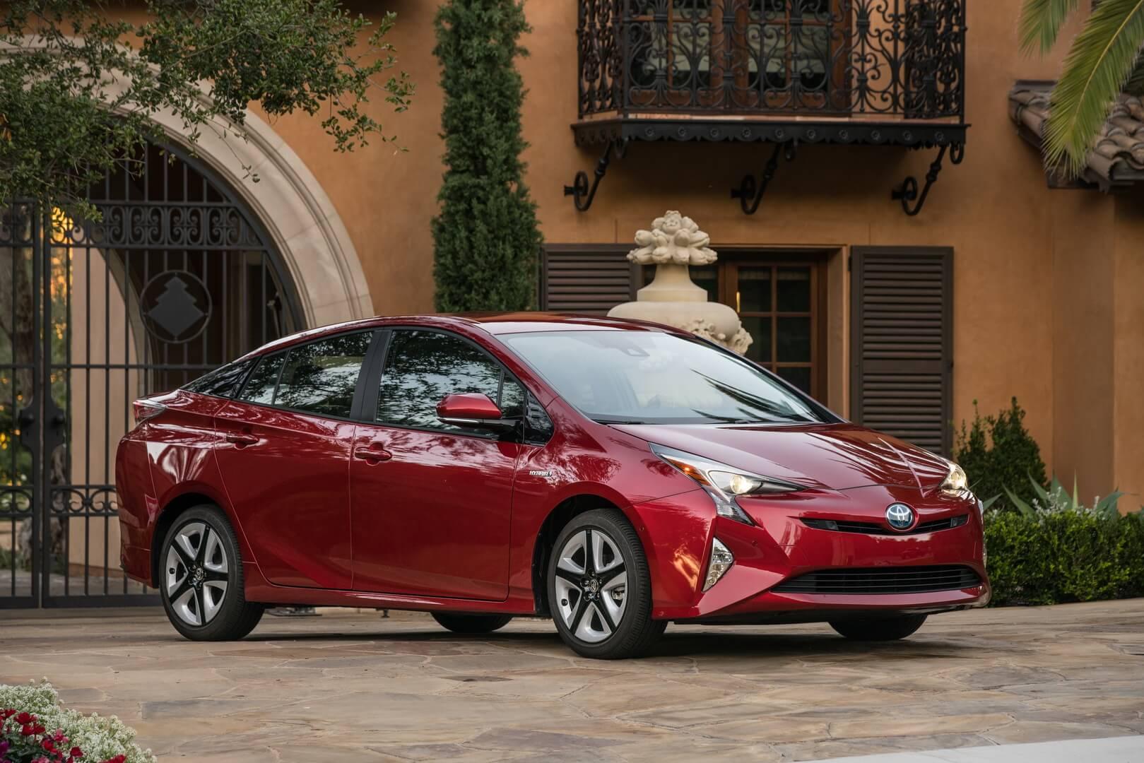 Фотография экоавто Toyota Prius Hybrid 2016 - фото 4