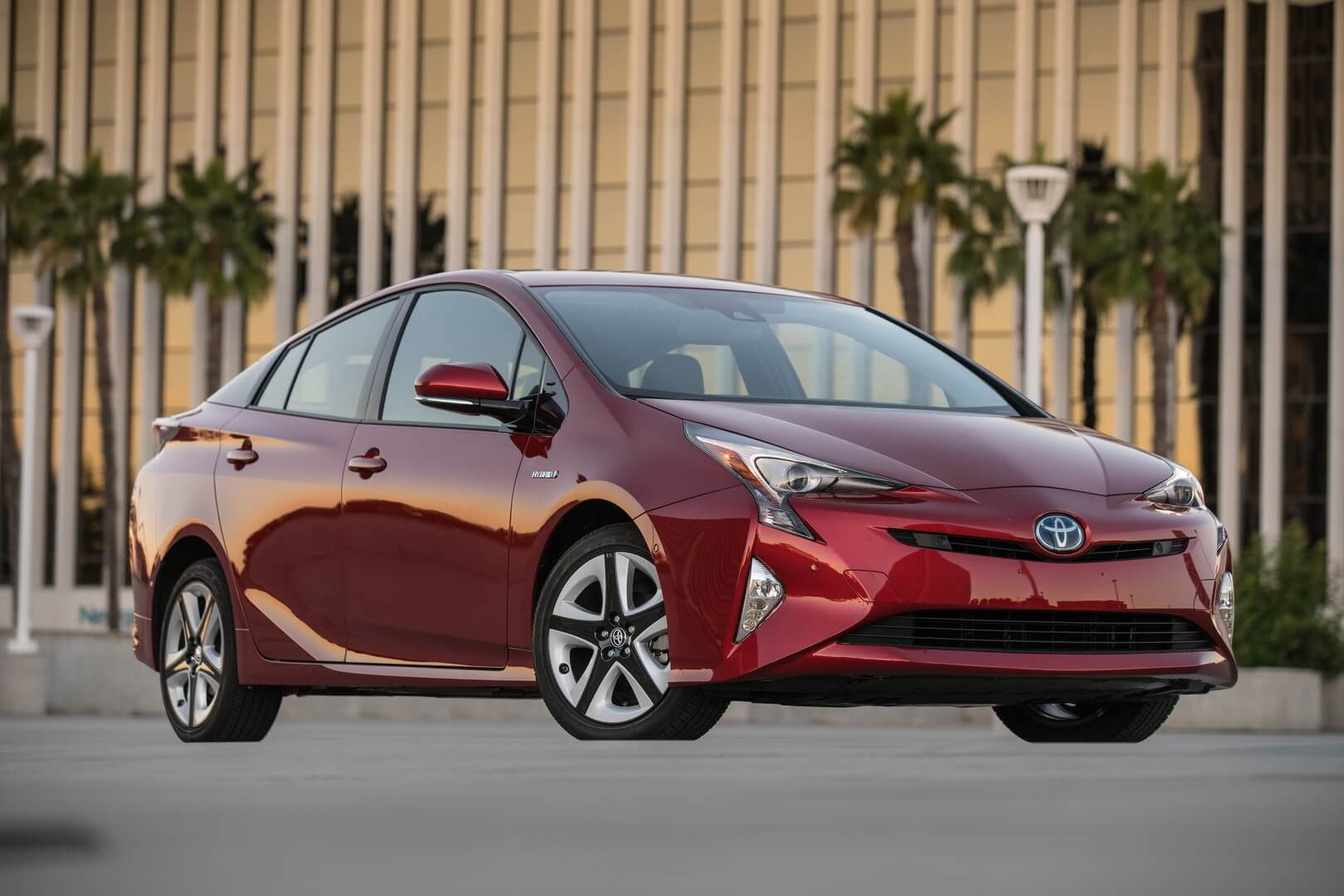 Фотография экоавто Toyota Prius Hybrid 2016 - фото 6
