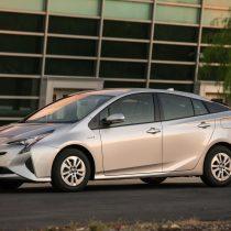 Фотография экоавто Toyota Prius Hybrid 2016 - фото 24