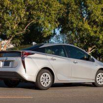 Фотография экоавто Toyota Prius Hybrid 2016 - фото 29