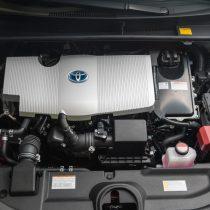 Фотография экоавто Toyota Prius Hybrid 2016 - фото 48