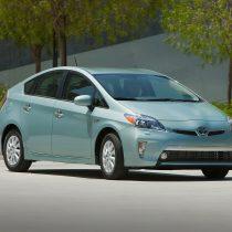 Фотография экоавто Toyota Prius Prime 2012 - фото 16
