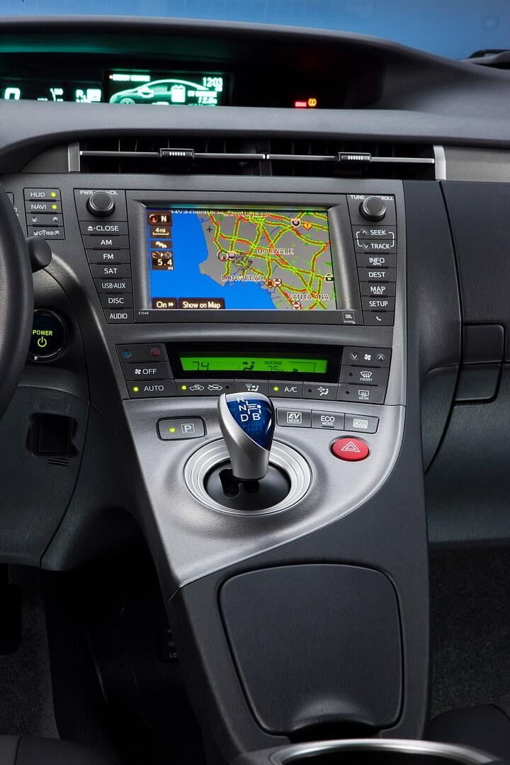 Фотография экоавто Toyota Prius Prime 2012 - фото 22
