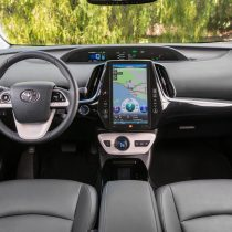 Фотография экоавто Toyota Prius Prime 2017 - фото 21