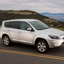 Фотография экоавто Toyota RAV4 EV - фото 6