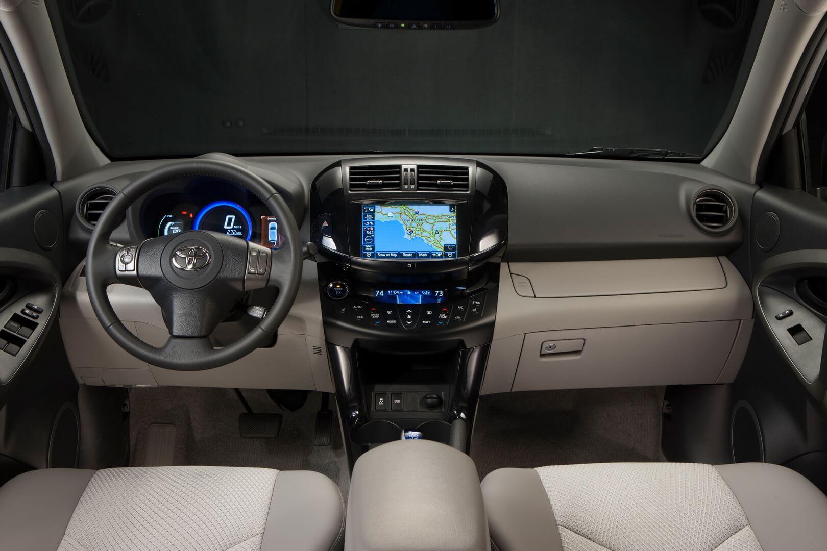 Фотография экоавто Toyota RAV4 EV - фото 22