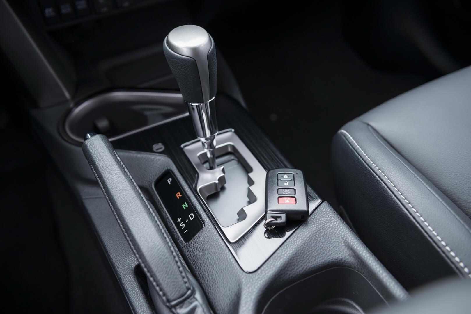 Фотография экоавто Toyota RAV4 Hybrid - фото 43
