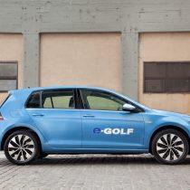 Фотография экоавто Volkswagen e-Golf 2015 - фото 6