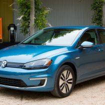 Фотография экоавто Volkswagen e-Golf 2015 - фото 16