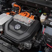 Фотография экоавто Volkswagen e-Golf 2015 - фото 21
