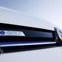 Фотография экоавто Volkswagen e-Golf 2017 - фото 5