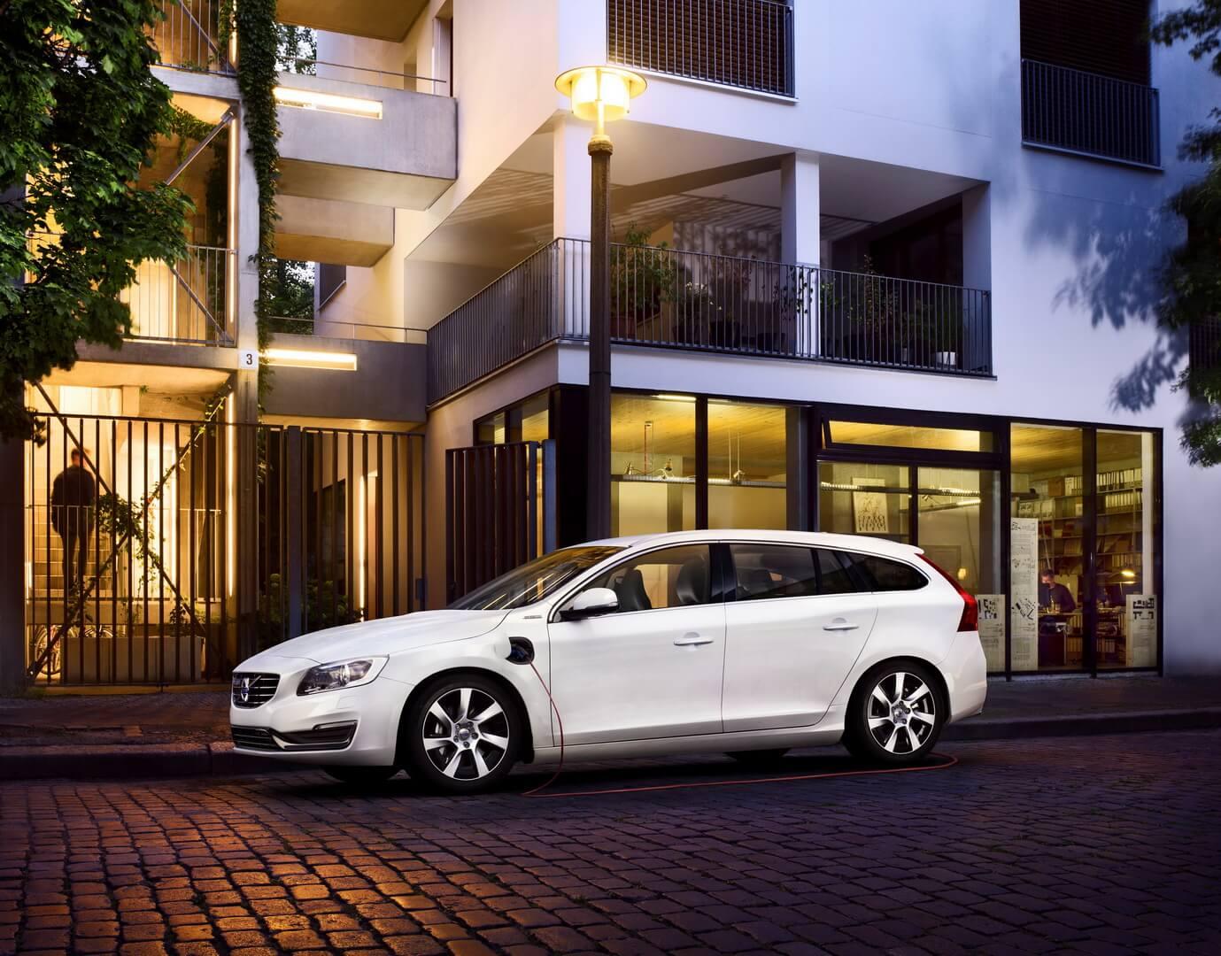 Фотография экоавто Volvo V60 PHEV - фото 29