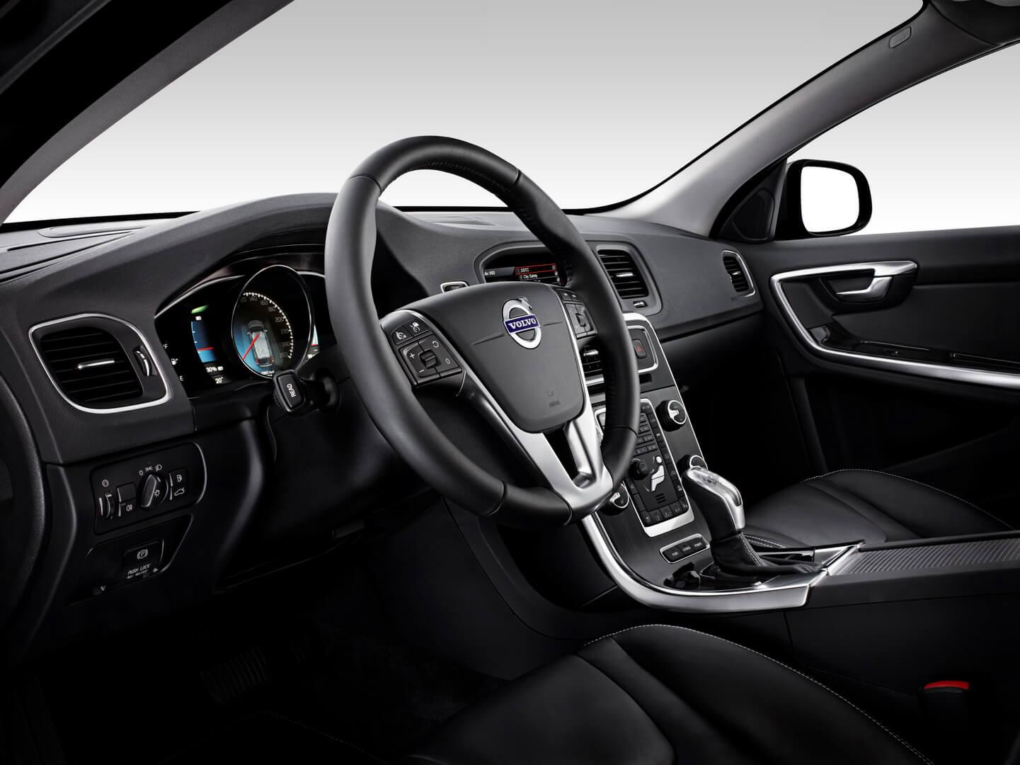 Фотография экоавто Volvo V60 PHEV - фото 46