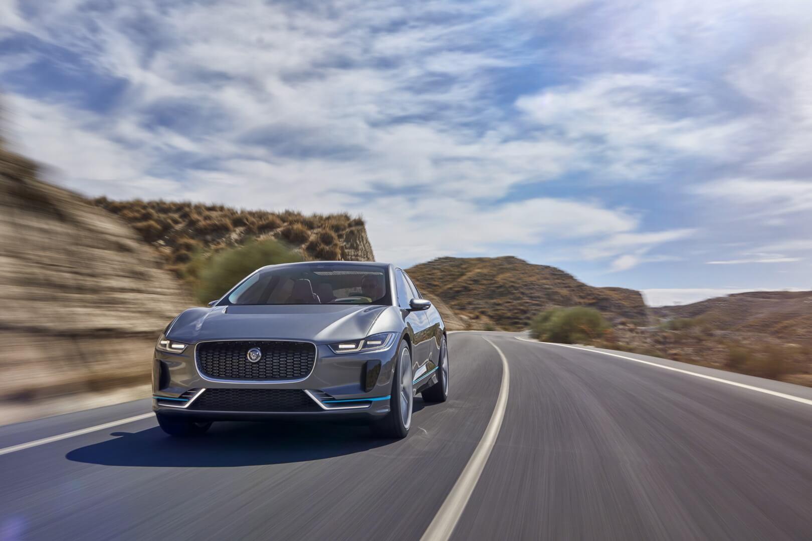 Первый электромобиль Jaguar I-Pace