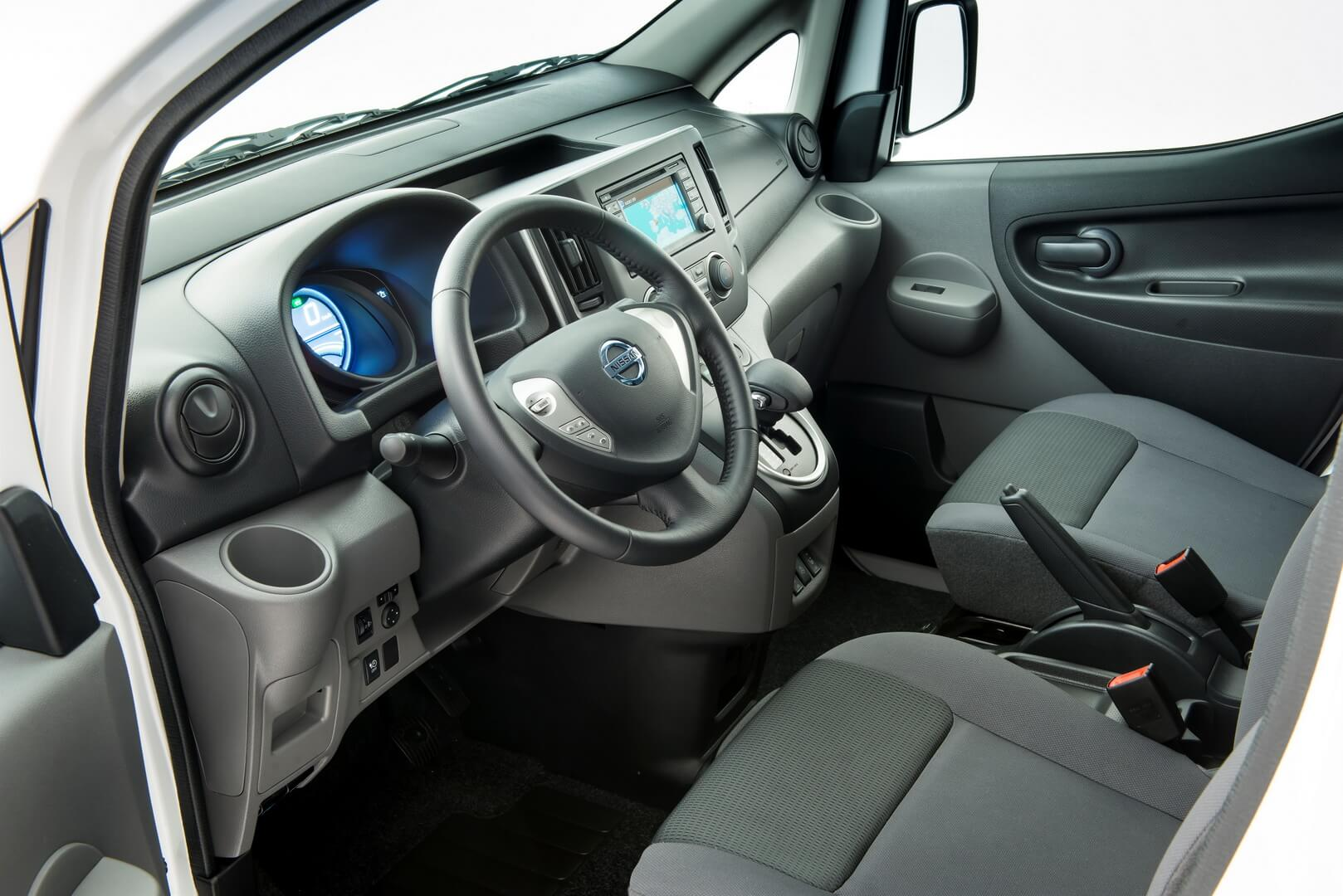 Фотография экоавто Nissan e-NV200 Combi - фото 7