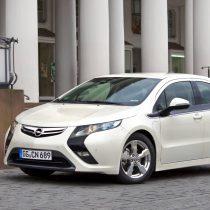 Фотография экоавто Opel Ampera Range Extender - фото 13