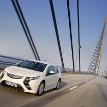 Фотография экоавто Opel Ampera Range Extender - фото 15