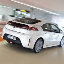 Фотография экоавто Opel Ampera Range Extender - фото 19